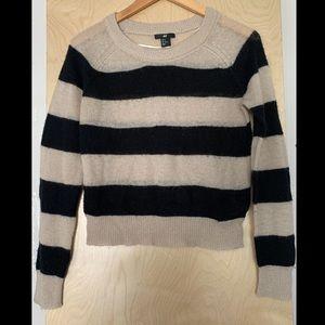 3/$15 Striped sweater sz M